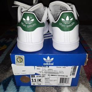 🦕EXCELLENT CONDITION Stan Smith ADIDAS 11.5 KIDS